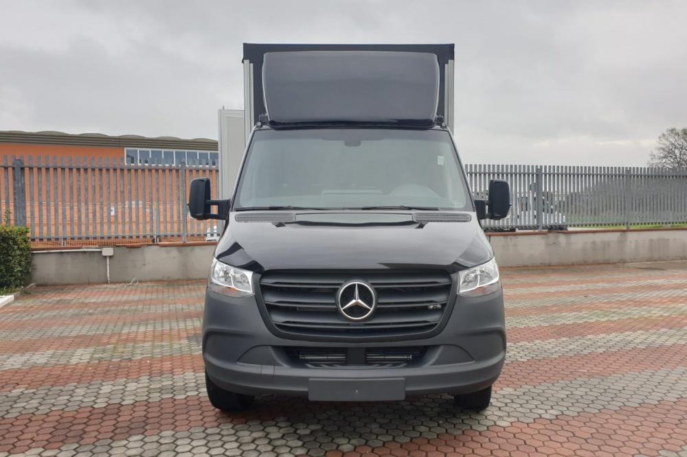 Allestimento autocarro Mercedes Benz Sprinter Gamma 35 q.li