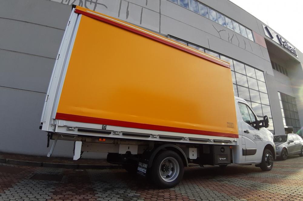 camion renault con telo
