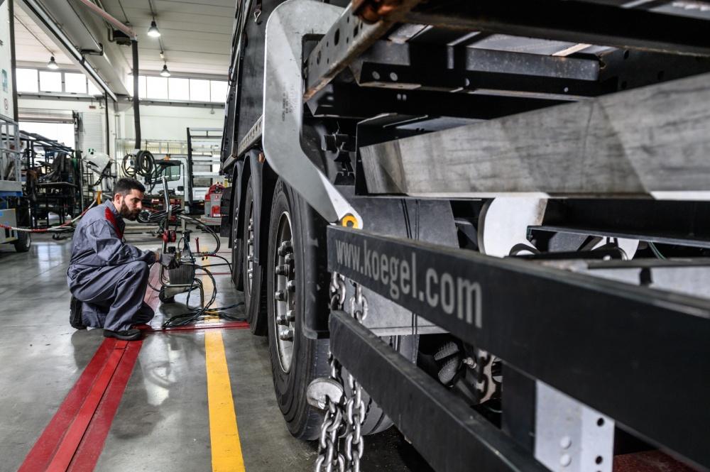 raddrizzatura telai veicoli industriali