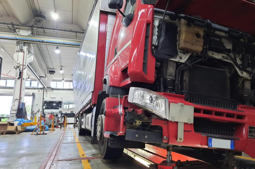 raddrizzatura telaio veicolo industriale