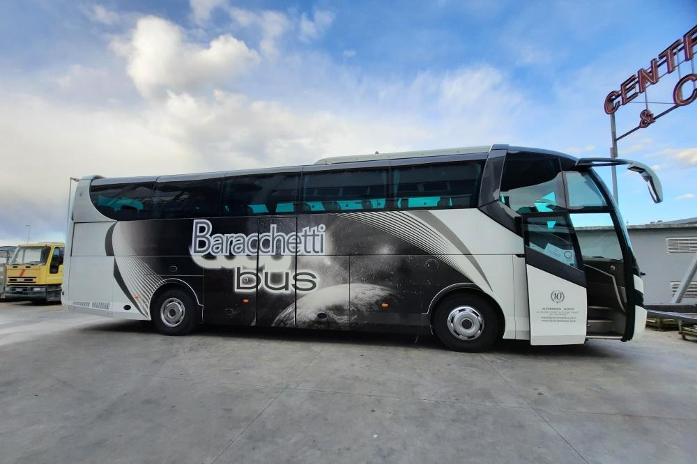 riparazione bus sinistrato
